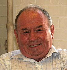 Dr. Alan Slater